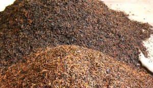 Dried and ground tea leaves