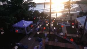 Party on Talalla Beach