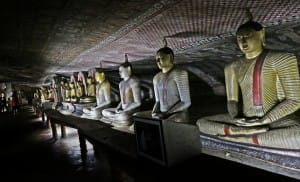 Row of Bhudda statues at Dambulla Cave Temple
