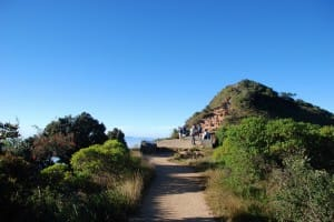 Walking path at World's End & Horton Plains National Park