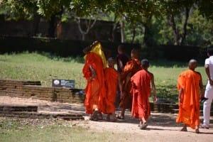 Bhuddist monks at Sigirya